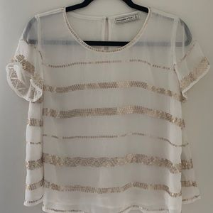 NWOT Sheer Gold Sequined Flowy Top ✨💫